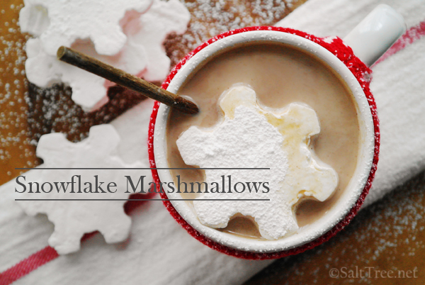 snowflake marshmallows 7 Delicious Holiday-Inspired Drinks 18
