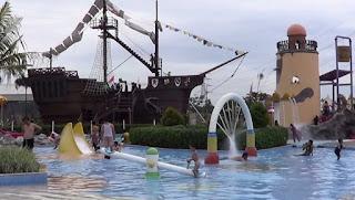 Columbus Waterpark Mutiara Gading Timur