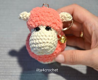 Jak zrobić szydełkiem małe owieczki – breloczki – tutorial / Crochet sheep – tutorial