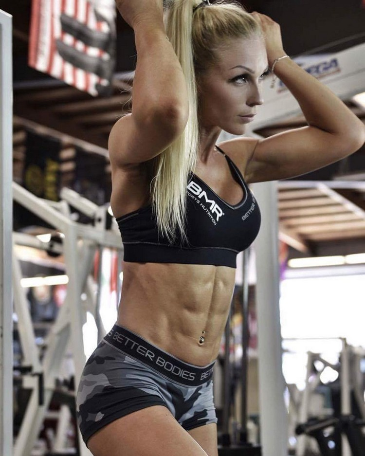 Amazing 6 pack ABS IFBB PRO Frida Paulsen Stern 0001