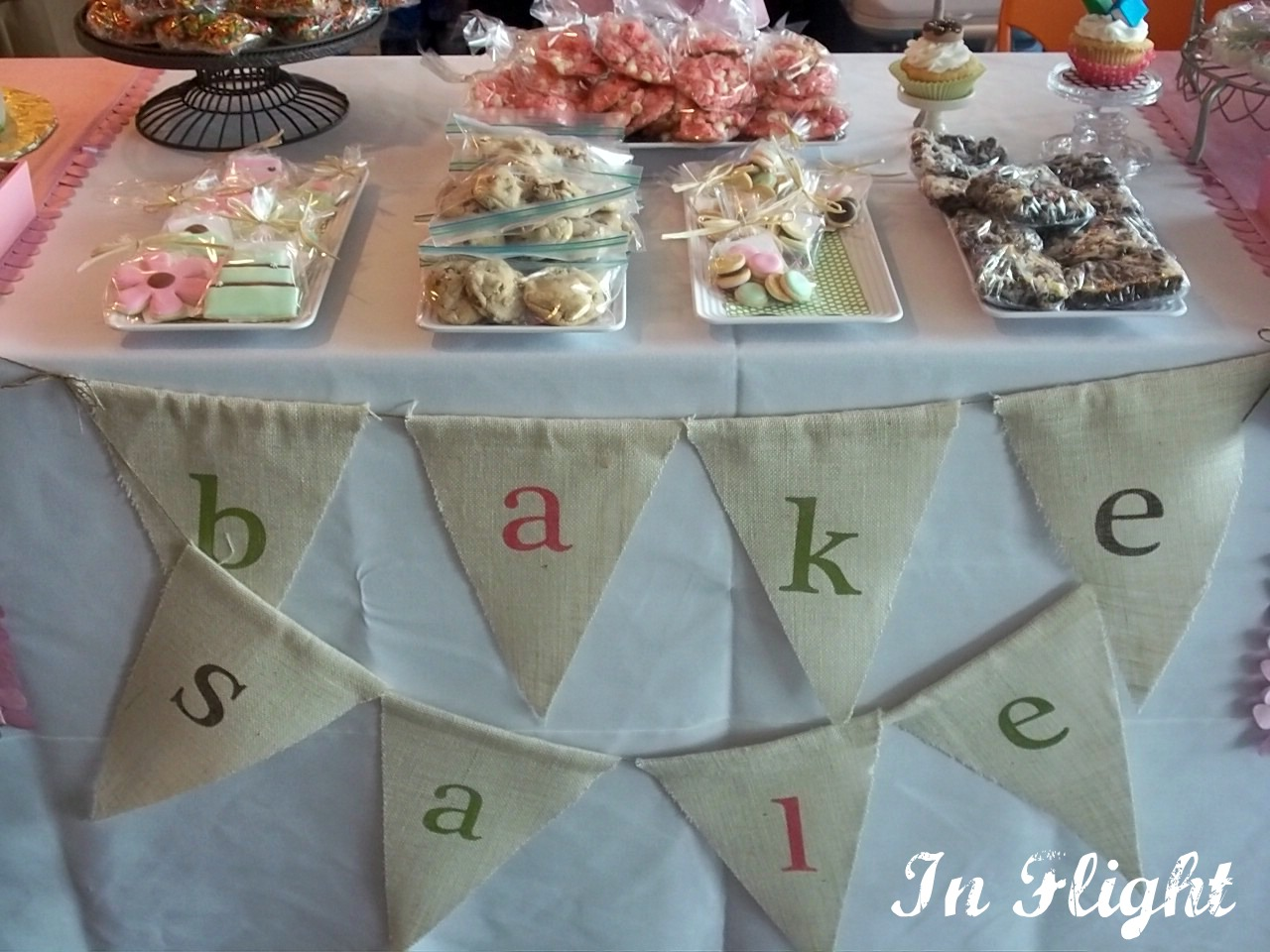 In Flight Party Ideas Table Styling For The Great Cake