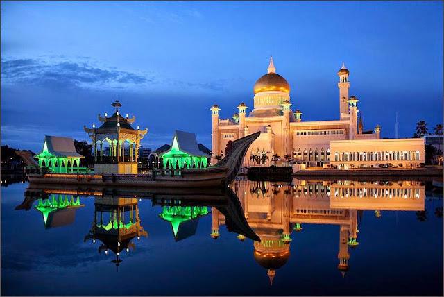 Masjid Sultan Omar Ali Saifuddien Fakta Menarik dan Keelokan Wisata, Brunei Darussalam