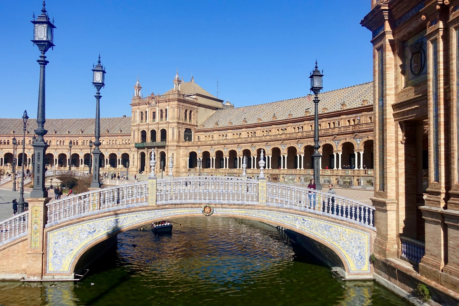 THINGS TO SEE, EAT AND DO IN SEVILLE