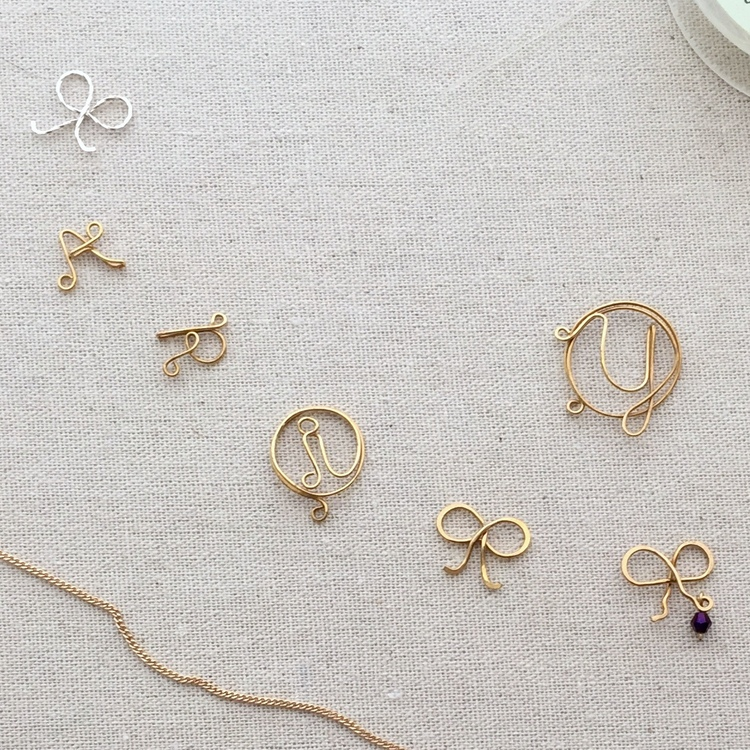 Lisa Yang\'s Jewelry Blog: Making Fancy Wire Letters for Initial Pendants