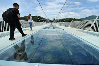 Check out amazing glass bridge view