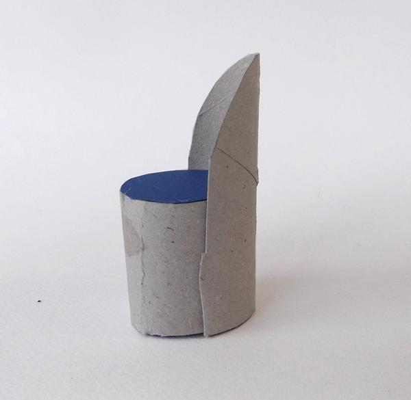 καρέκλα από χαρτί, καρέκλα από χαρτόνι, έπιπλα από χαρτόνι, έπιπλα από χαρτί, έπιπλα κουκλόσπιτου