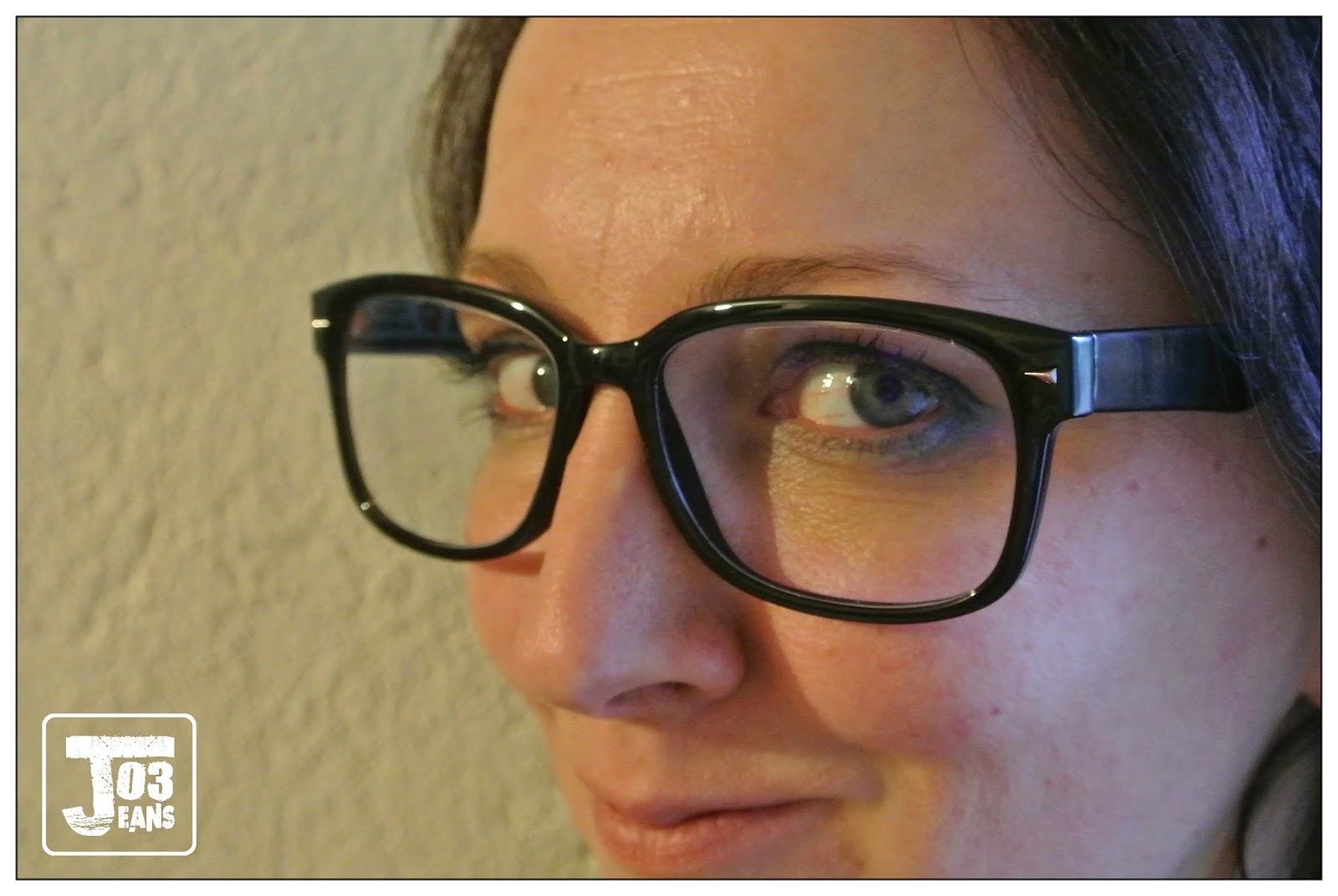 jo3jeans mes nouvelles lunettes de repos from varionet. Black Bedroom Furniture Sets. Home Design Ideas