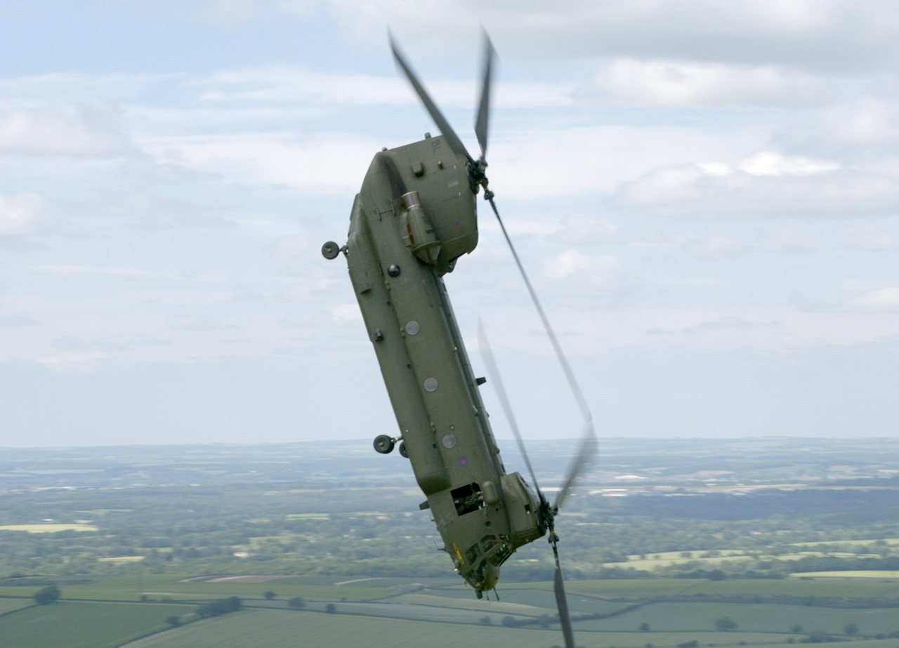 Tow N Go >> Asian Defence News: Chinook helicopter and some memories