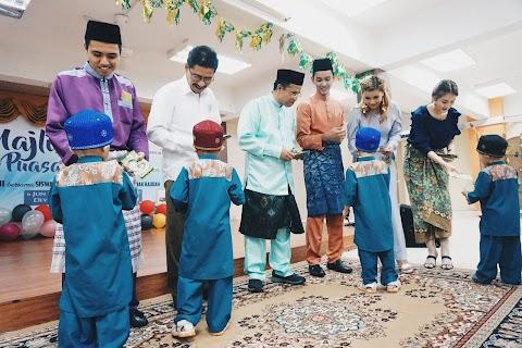 MAJLIS IFTAR YB DATO' ABDULLAH SANI BERSAMA SISWA KERIS MAS UKM BANGI RAI ANAK-ANAK RAUDAH