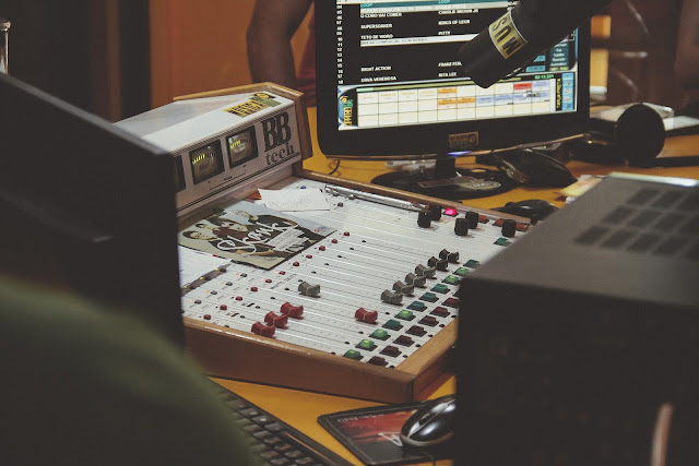 Why is it so hard to make money being famous as a beatmakers?