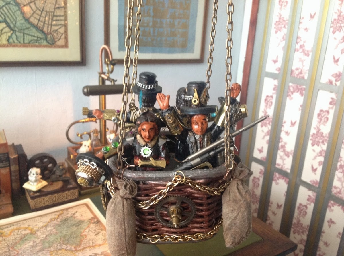 07-Van Halen Co-Steampunk Sculptures Wonderland-www-designstack-co