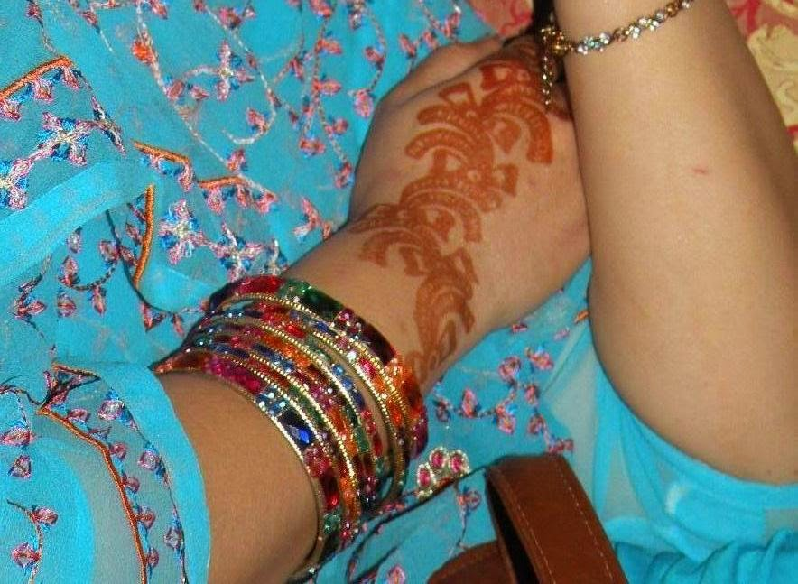 Latest Fancy Hand Mehndi Designs HD Wallpapers Free Download