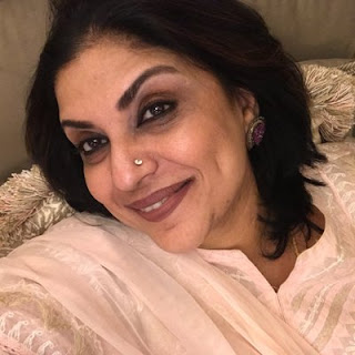 Sripriya actress, actor, age, photos, family, family photo, tamil actress, wiki, biography