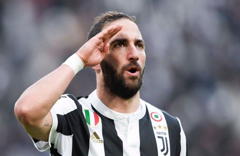 Juventus-Sassuolo 7-0: risultato tennistico con tripletta di Higuain, adesso tocca al Napoli