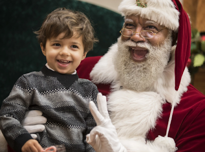 Mall of America hires black Santa for the first time in 24 years