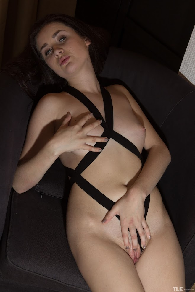 title2:TheLifeErotic Sawa Pleasure Bound