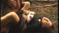หนังซาดิตส์!! โจรรถตู้สุดเถื่อนดักฉุดนักเรียนสาวไปข่มขืนริมป่า jav 20+