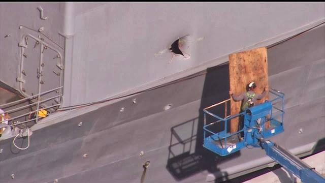 http://2.bp.blogspot.com/--obuhfyfVJc/Uor9Z8eE4oI/AAAAAAAAKC0/m3LHO_rXAwM/s640/USS-Chancellorsville-Drone-Accident.jpg