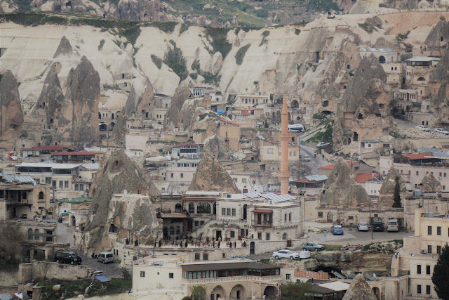 The popular town of Avanos is set on the banks of the Kizlirmak the Red River, is one of the popular tourist destination to visit in Cappadocia, Turkey