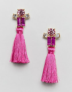 These extra thick tassel earrings are from ASOS DESIGN and, I love the tiny jewels at the top mixing baguette and rund cut tonal gems in clear and pink. The tassels are quite short so that they don't detract from the gems at the top which I think is a refreshing change from the sweeping long tassels we've been seeing everywhere recently.