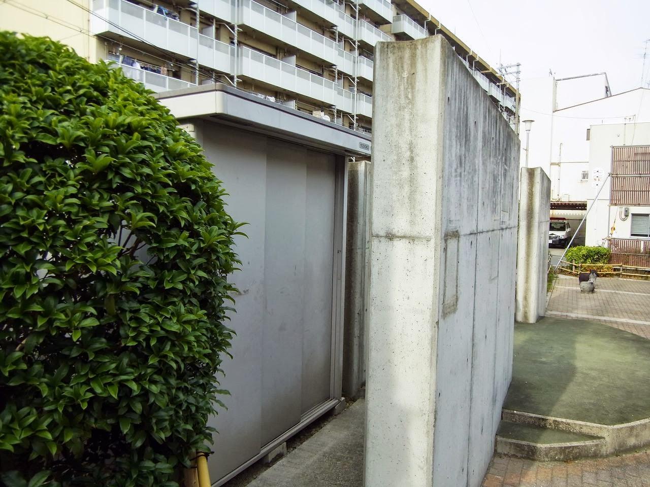 イーストあきない広場(大阪市生野区)