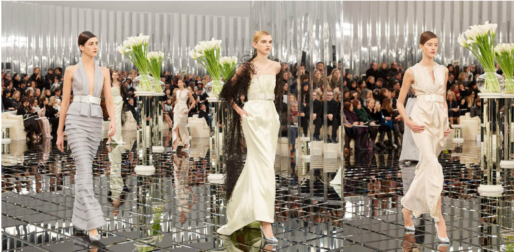 chanel-spring-summer-2017-couture-collection (43)-layered-gown-pretty-grey-outfit-gown-metallic-tube-belt-sheer-cape-sleeveless-gown-silver-heels