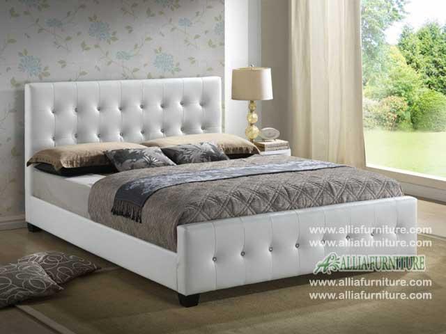 tempat tidur lapis kulit minimalis seoul