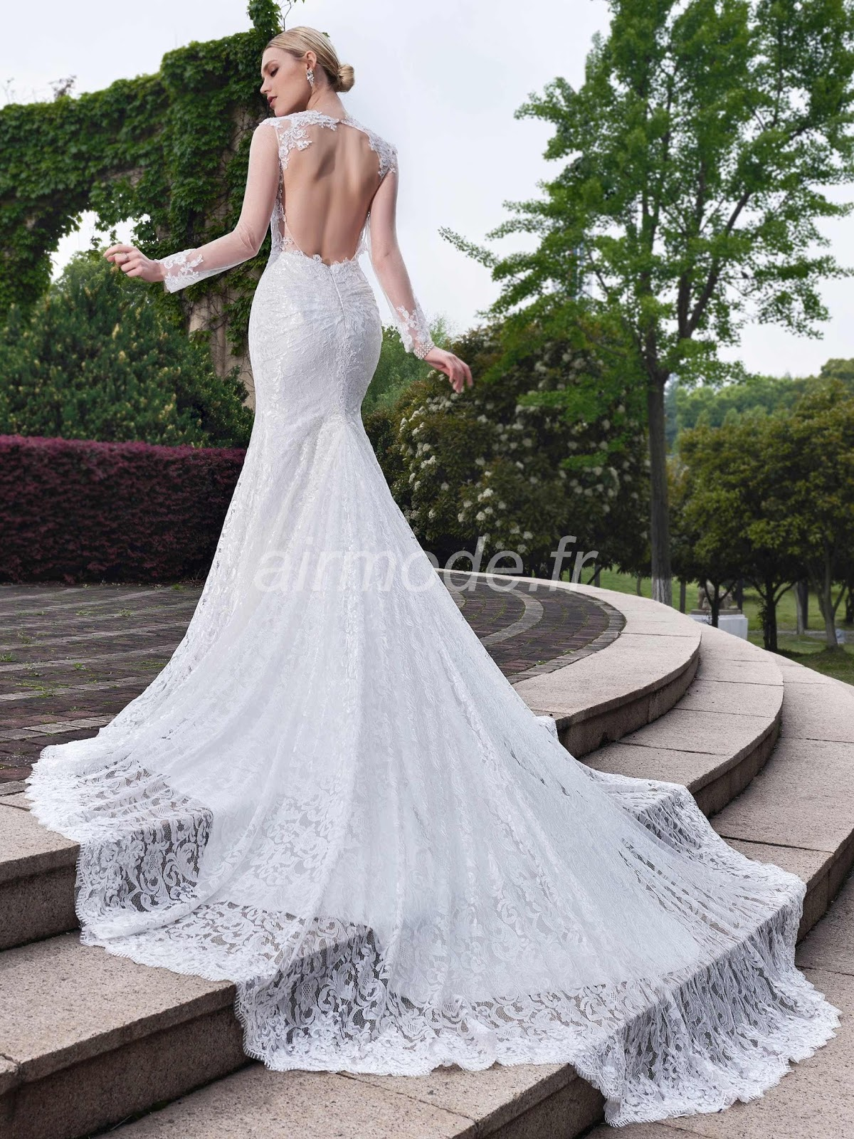 sirène la robe de mariée de jardin / outdoor