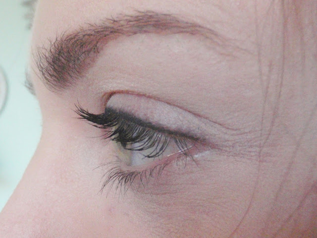 lashes with wet n wild mega lengths mascara