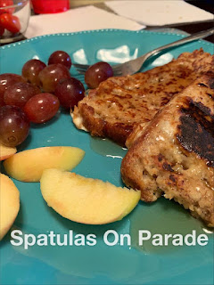Blog With Friends, a multi-blogger project based post incorporating a theme, Snuggly and Warm | Sugar Free Banana Bread French Toast by Dawn of Spatulas on Parade | Featured on www.BakingInATornado.com