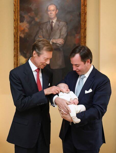 Hereditary Grand Duchess Stephanie, Hereditary Grand Duke Guillaume, Grand Duke Henri, Prince Charles, Grand Duke Jean. Seraphine top