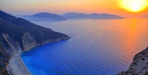 ηλιοβασίλεμα-Ελλάδα-καλοκαίρι-ήλιος-θάλασσα-Μύρτος-Κεφαλονιά