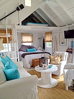 A cottage muse little piece of heaven on cape cod - Small beach house decorating ideas ...