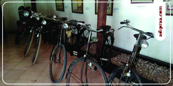 Koleksi Sepeda Onthel Museum Tembi Rumah Budaya | adipraa.com