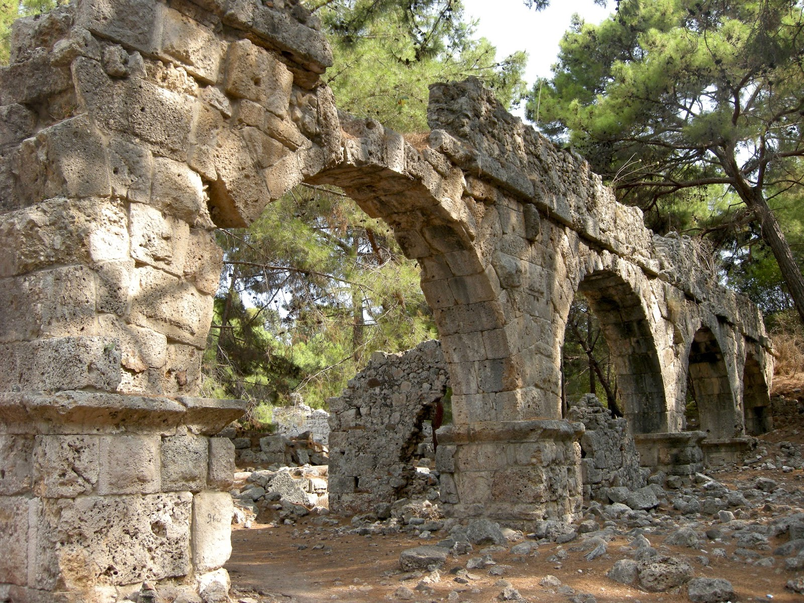 Phaselis Antik Kenti Gezi Rehberi