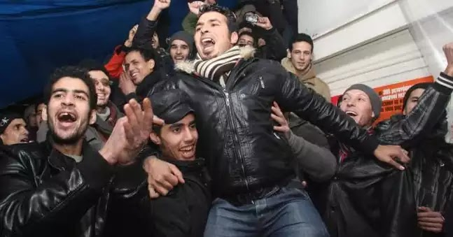 """Ελεύθερος ο """"ανήλικος"""" λαθρομετανάστης που λήστεψε και βίασε την """"αλληλέγγυα"""" στο ΑΠΘ!"""