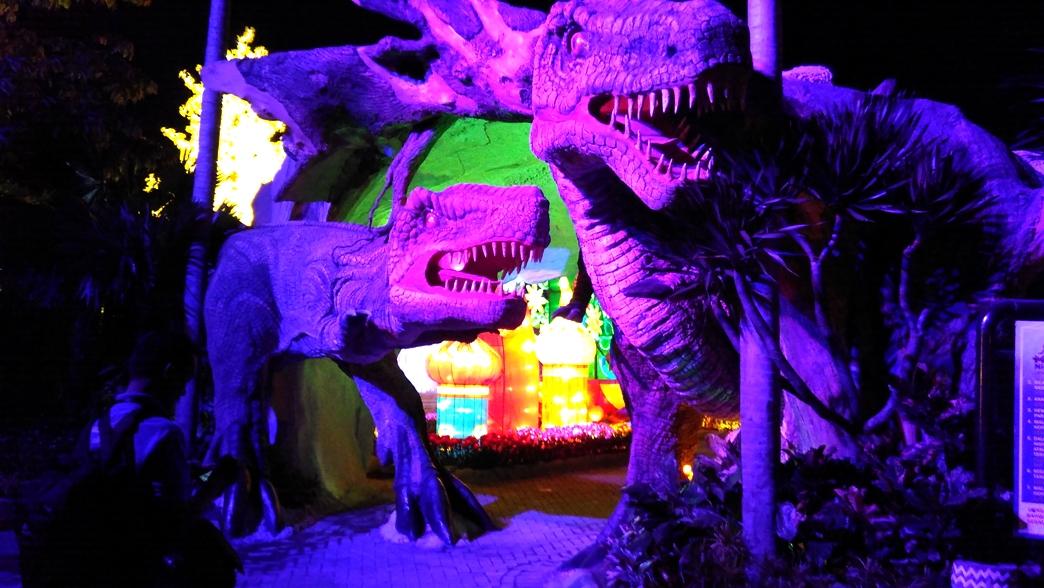 Herysupri Serunya Taman Dinosaurus Di Malang Night Paradise
