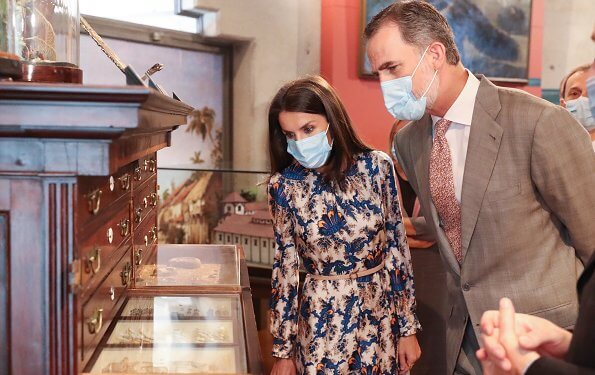 Queen Letizia wore Sandro all-over-print long silk dress. Queen Letizia wore a floral print silk dress by Sandro