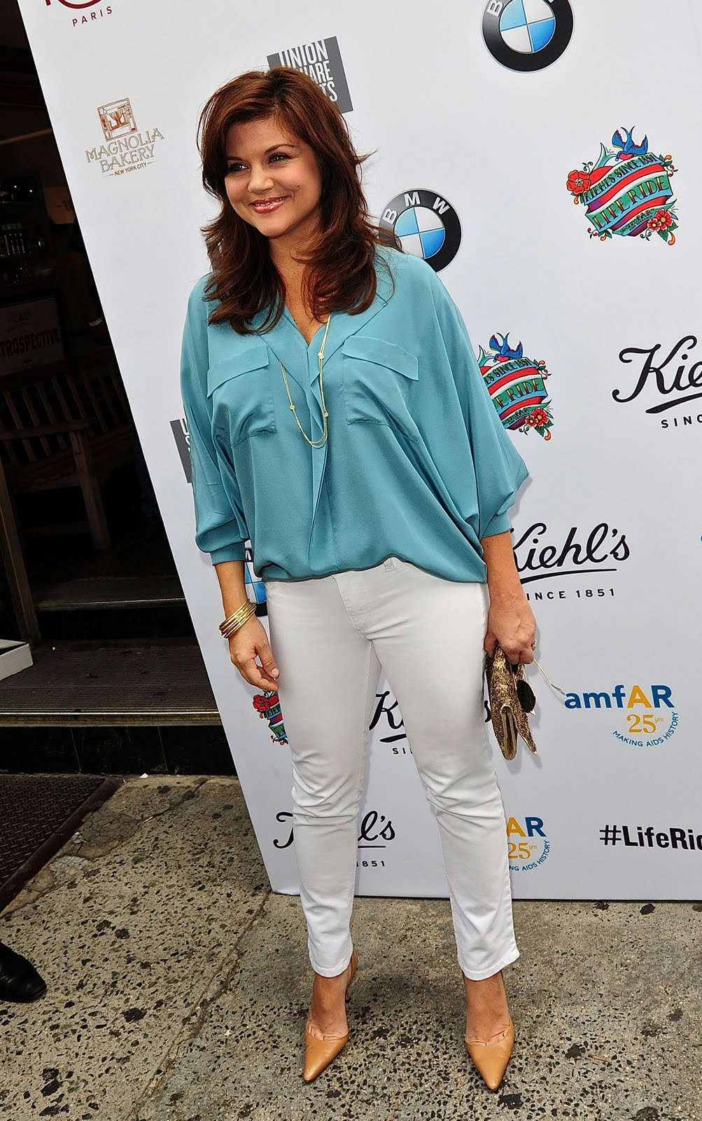 Have Tiffani amber thiessen toes share your