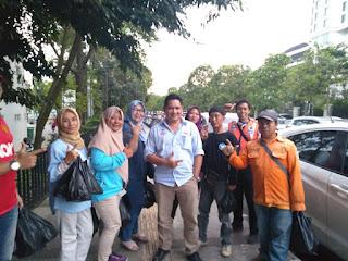 Relawan Prabowo-Sandi Bandung Gelar Fogging dan Baksos Gratis