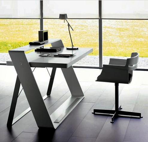 11 Desain Model Meja Kerja Minimalis Untuk Rumah dan Kantor Berukuran Kecil - Single desk Model Unik