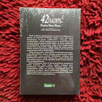 Buku 42 Hadits Panduan Hidup Muslim Syarah Arbain An Nawawi