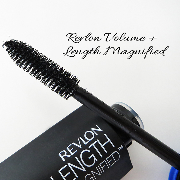 Close-up of the brush on Revlon Volume + Length Magnified Mascara