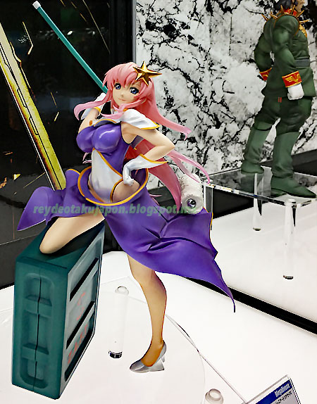 Figura Meer Campbell GGG Nose Art Realize Mobile Suit Gundam SEED Destiny
