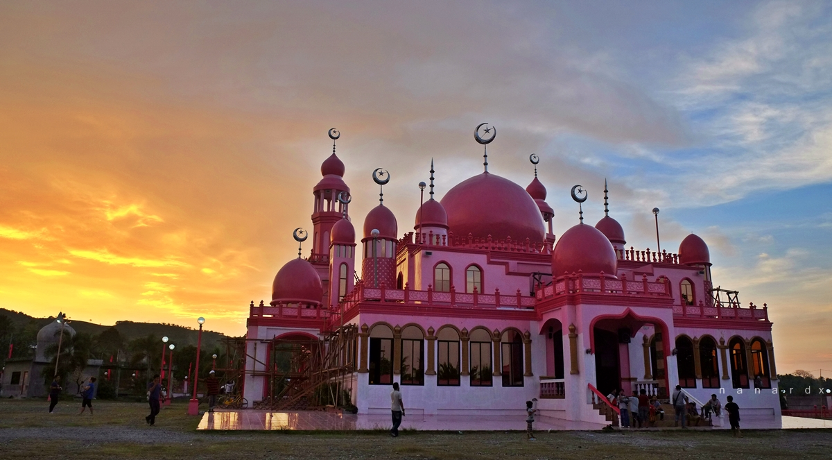 Masjid Dimaukom, the Pink Mosque of Maguindanao