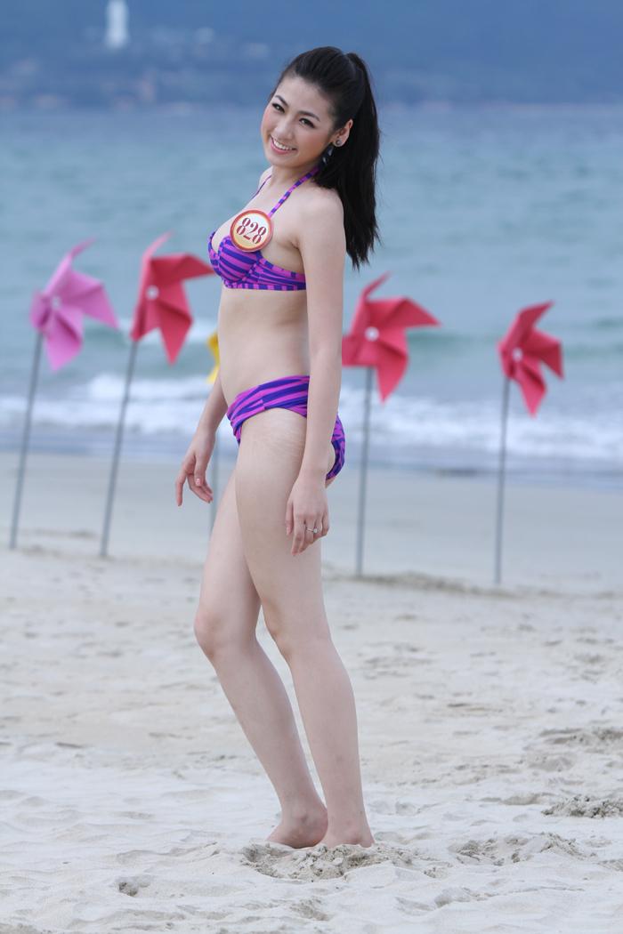 anh-nong-hoa-hau-duong-tu-anh-bikini
