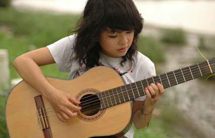 Nên chơi đàn Guitar với sự đam mê