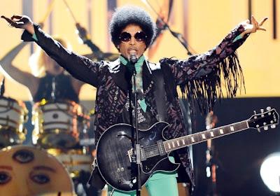 Foto de Prince en el escenario