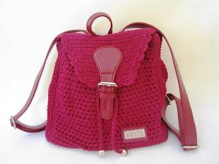 Gambar Tas rajut Cantik dan Elegan Warna Merah Hati