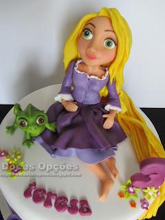 A Rapunzel foi ao 3º aniversário da Teresa